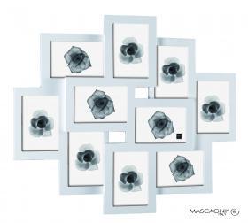 Белая фоторамка для семейных фотографий